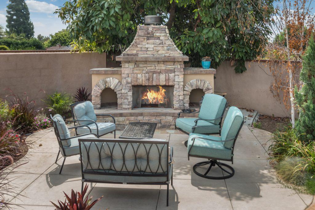 custom outdoor fireplaces alan smith