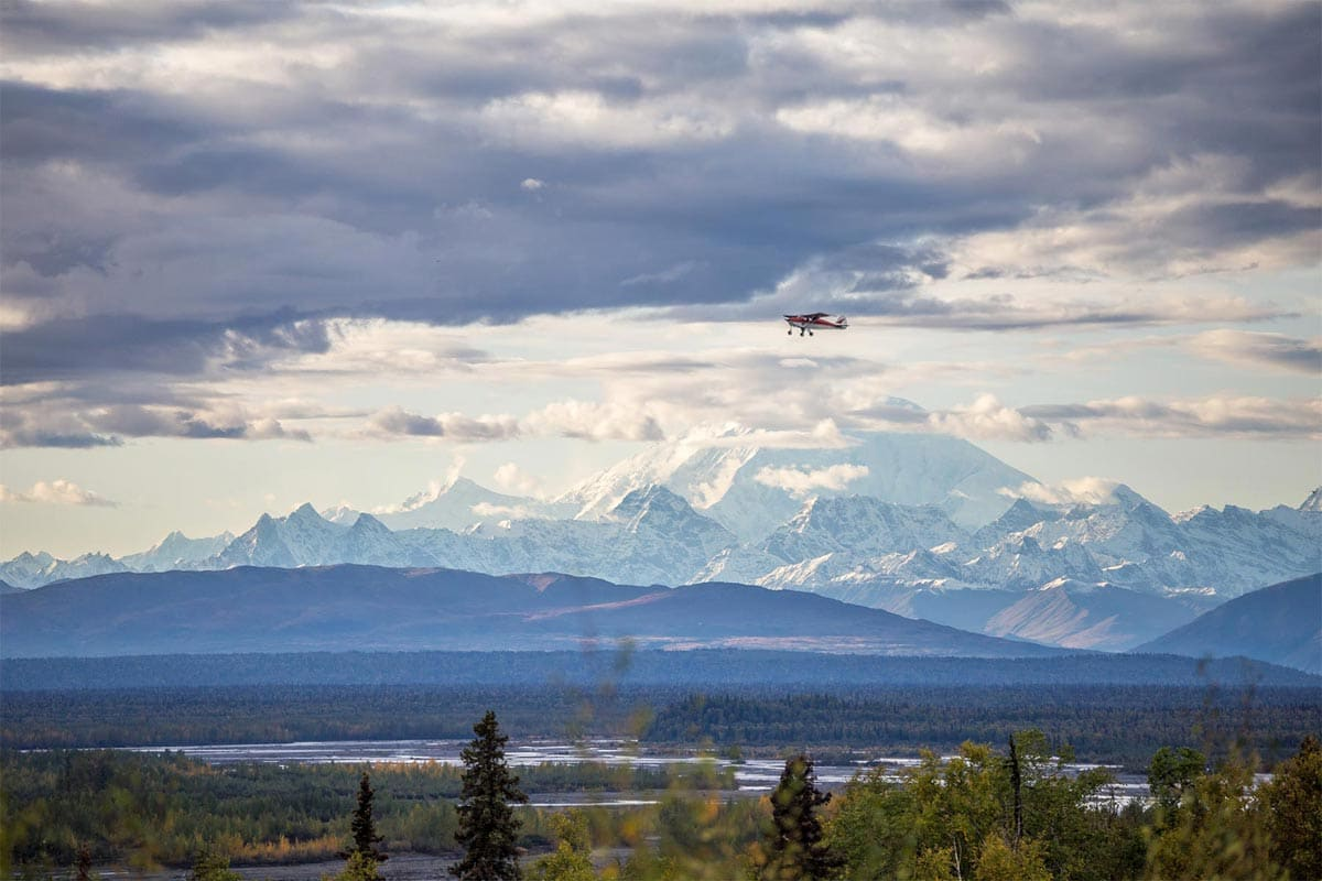 Talkeetna Alaskan Lodge Denali To The North Northern Lights Above