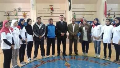 فريق كرة اليد بمدرسة لغات الالومنيوم