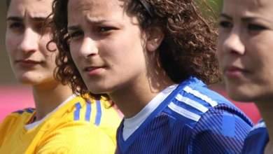 منة طارق أثناء مشاركتها مهرجان إعتزال ثلاثي الكرة الاردنية