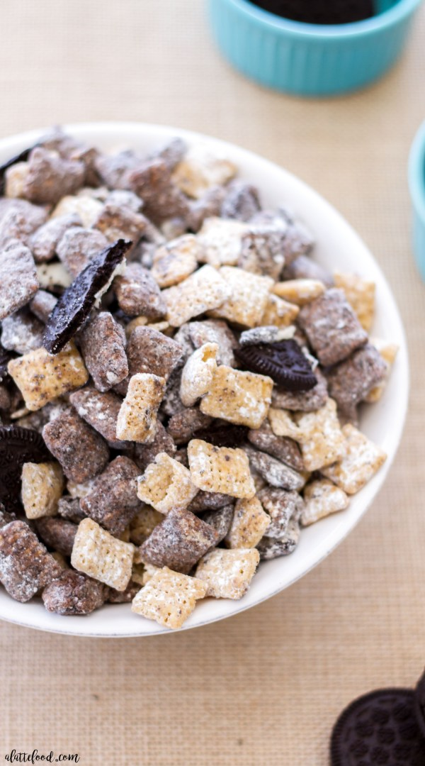 This easy homemade puppy chow recipe (also known as muddy buddies) is a Salted Caramel Cookies 'n Cream version! The addition of Oreos and caramel makes this puppy chow irresistible!
