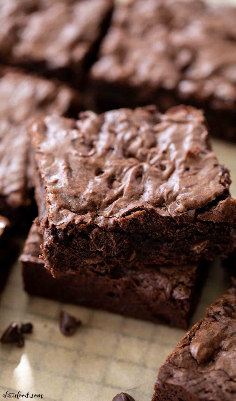 crinkle top fudge brownies on parchment paper