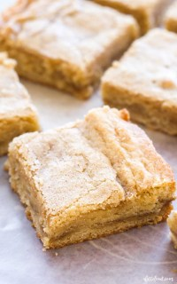 how to make cinnamon roll blondies