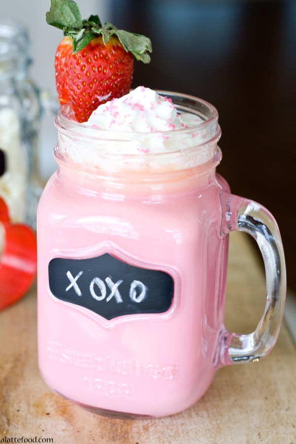 Strawberry White Hot Chocolate   A Latte Food