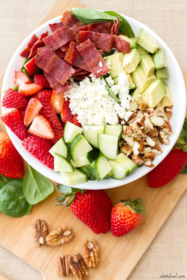 Strawberry, Avocado, & Bacon Spinach Salad | A Latte Food
