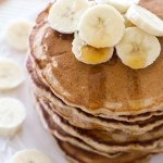 {Fluffy} Honey Banana Pancakes