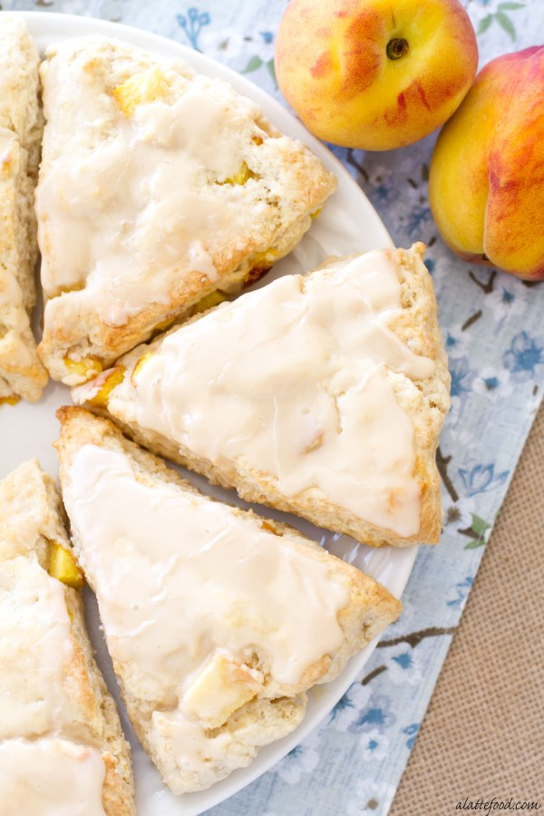 Peach Pie Scones with a Vanilla Glaze: These peaches 'n cream scones taste just like homemade peach pie! | www.alattefood.com
