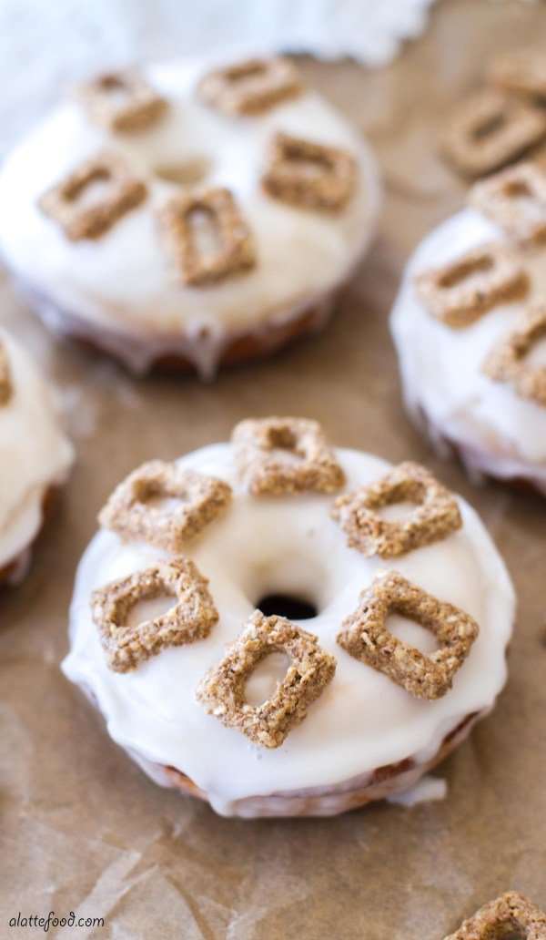 {Baked} Cereal and Milk Donuts