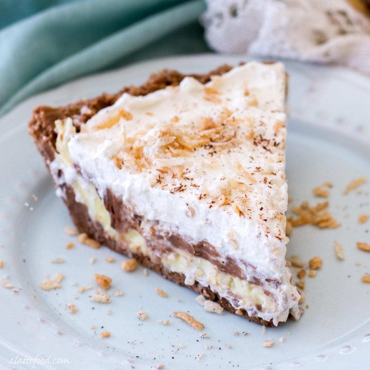 No-Bake } Chocolate Coconut Cream Pie
