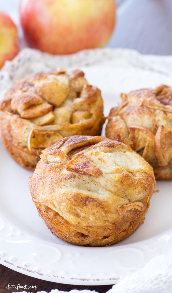 These easy apple pie muffin twists are packed with sweet apples and cinnamon spice! Made with just a few simple ingredients, these apple pie muffin twists come together in a snap! The perfect fall dessert! (Video)