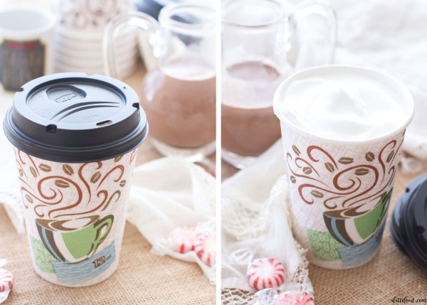 This easy homemade peppermint mocha creamer recipe is made with only 5-ingredients! This homemade creamer is easy to make and full of flavor!