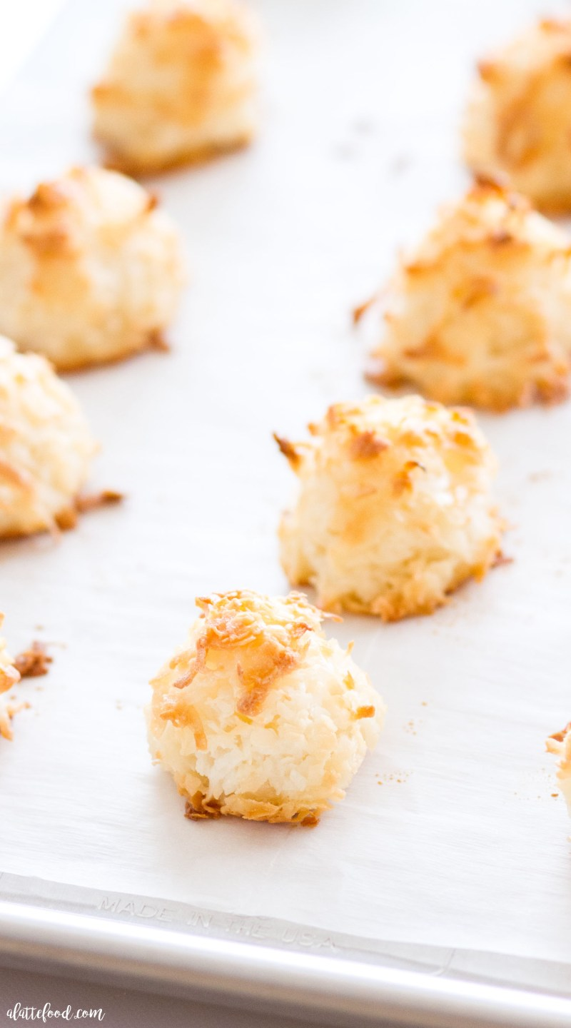 These easy homemade Coconut Macaroons are so simple to make and taste delicious! This Coconut Macaroon recipe has only 7 ingredients, making it the easiest gluten-free dessert! Plus, a step-by-step video below! coconut, gluten free, macaroons