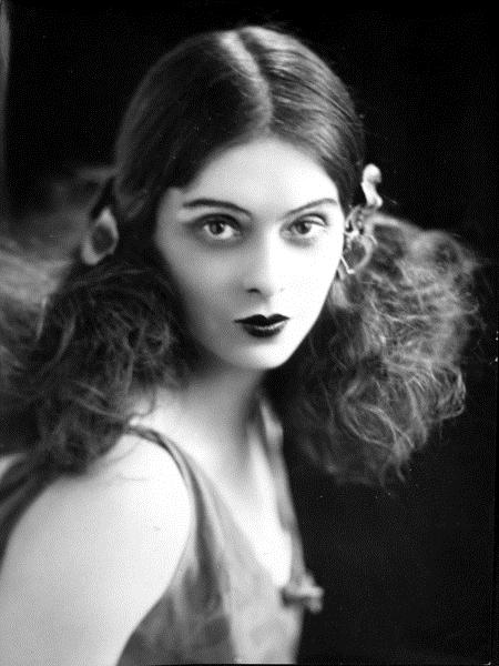 Ninette de Valois Balede Nereden Nereye