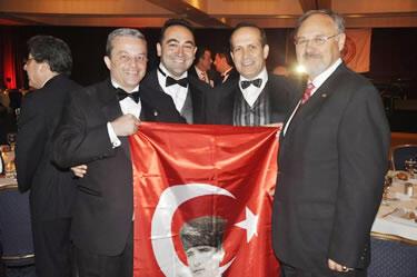 11 Eylül belgeselinde Türk Bayrağı Rezaleti