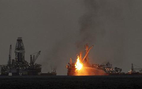 Yeni Kasırga Olasılığı: Meksika Körfezi'ndeki Petrol Platformları Tahliye Ediliyor