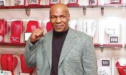 Odada Tyson'ı görünce kaçtı