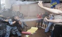 """""""Rusça"""" Ukrayna'yı karıştırdı"""