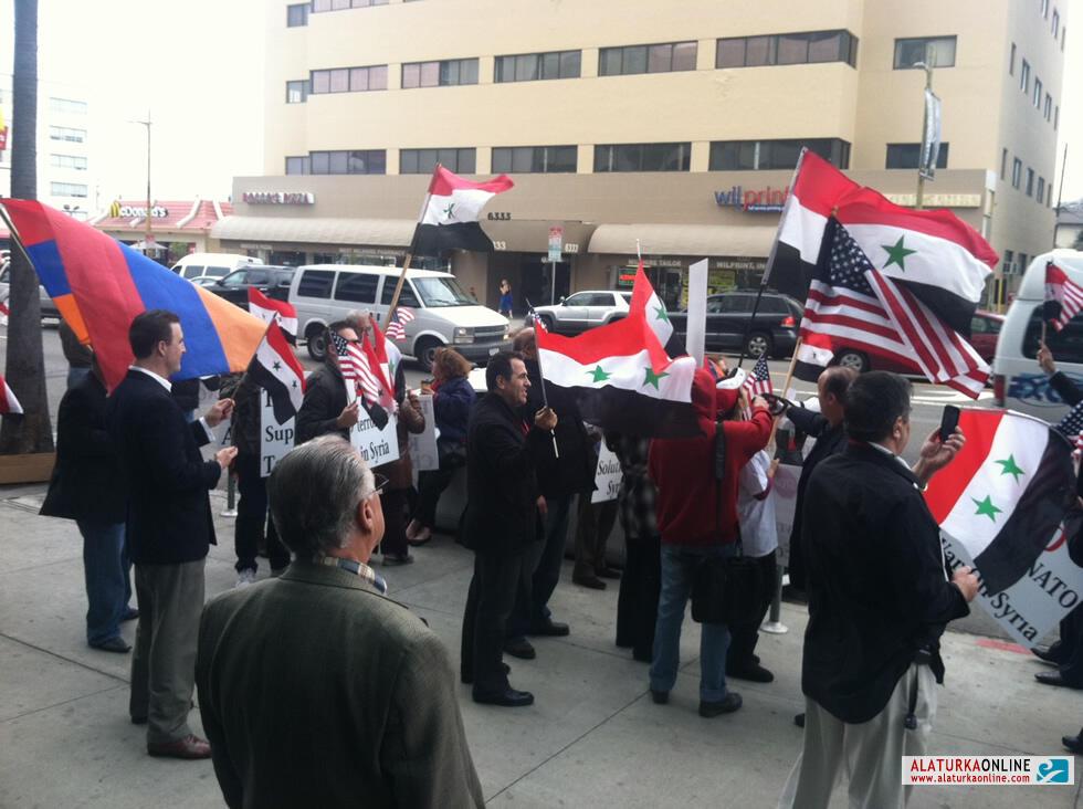 Los Angeles Başkonsolosluğumuz Önünde Protesto Düzenlendi