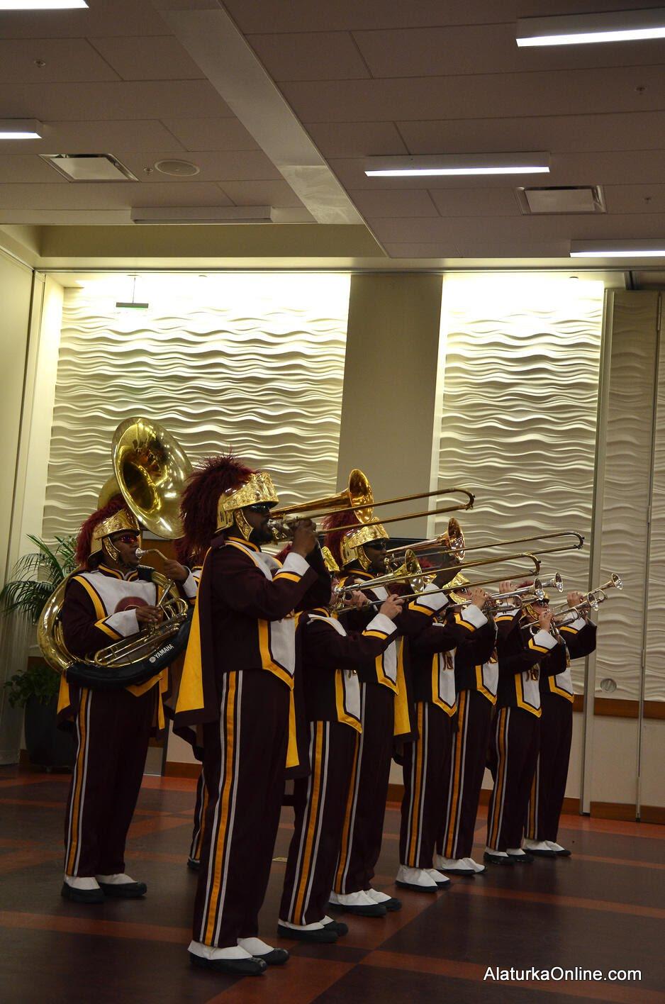 USC Trojan Band - USC TURKSA (2)