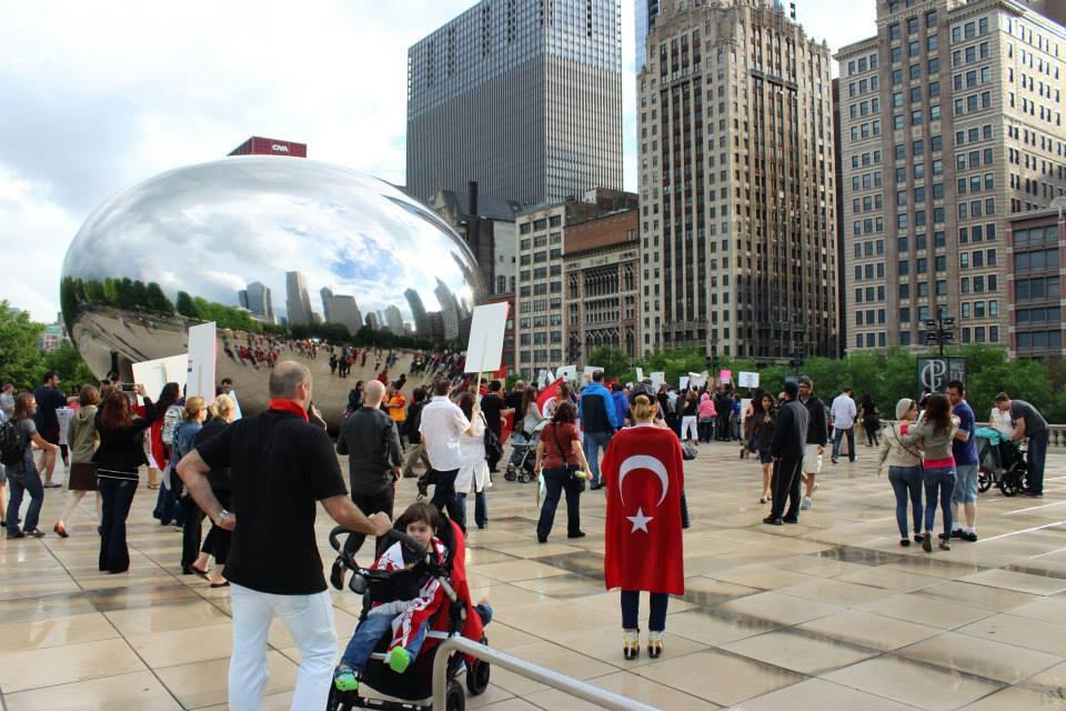 Chicago Türkleri'ni yağmur bile durdurmadı