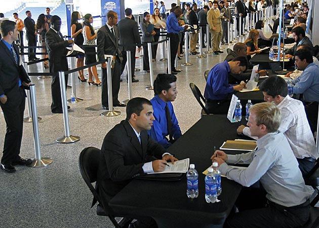 İşsizlik yüzde 7,3'e düştü