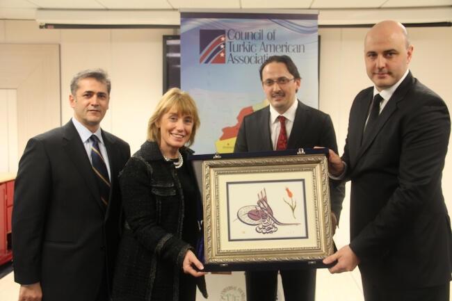 New Hampshire Valisinden Türk Kültür Merkezi'ne ziyaret