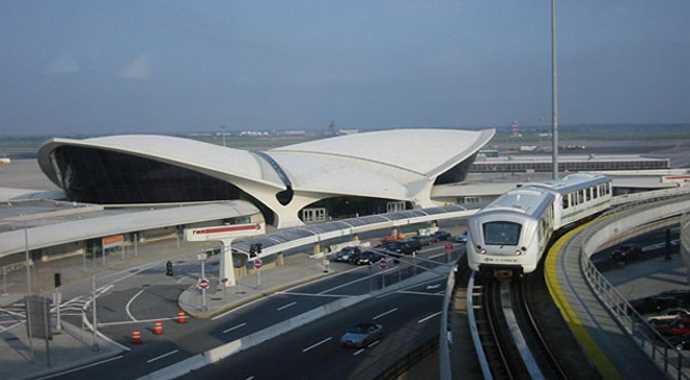 New York'taki JFK Havalimanı kapatıldı