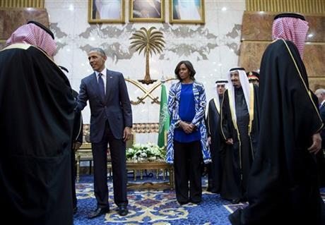 Michelle Obama Başörtüsü takmadı sosyal medya karıştı