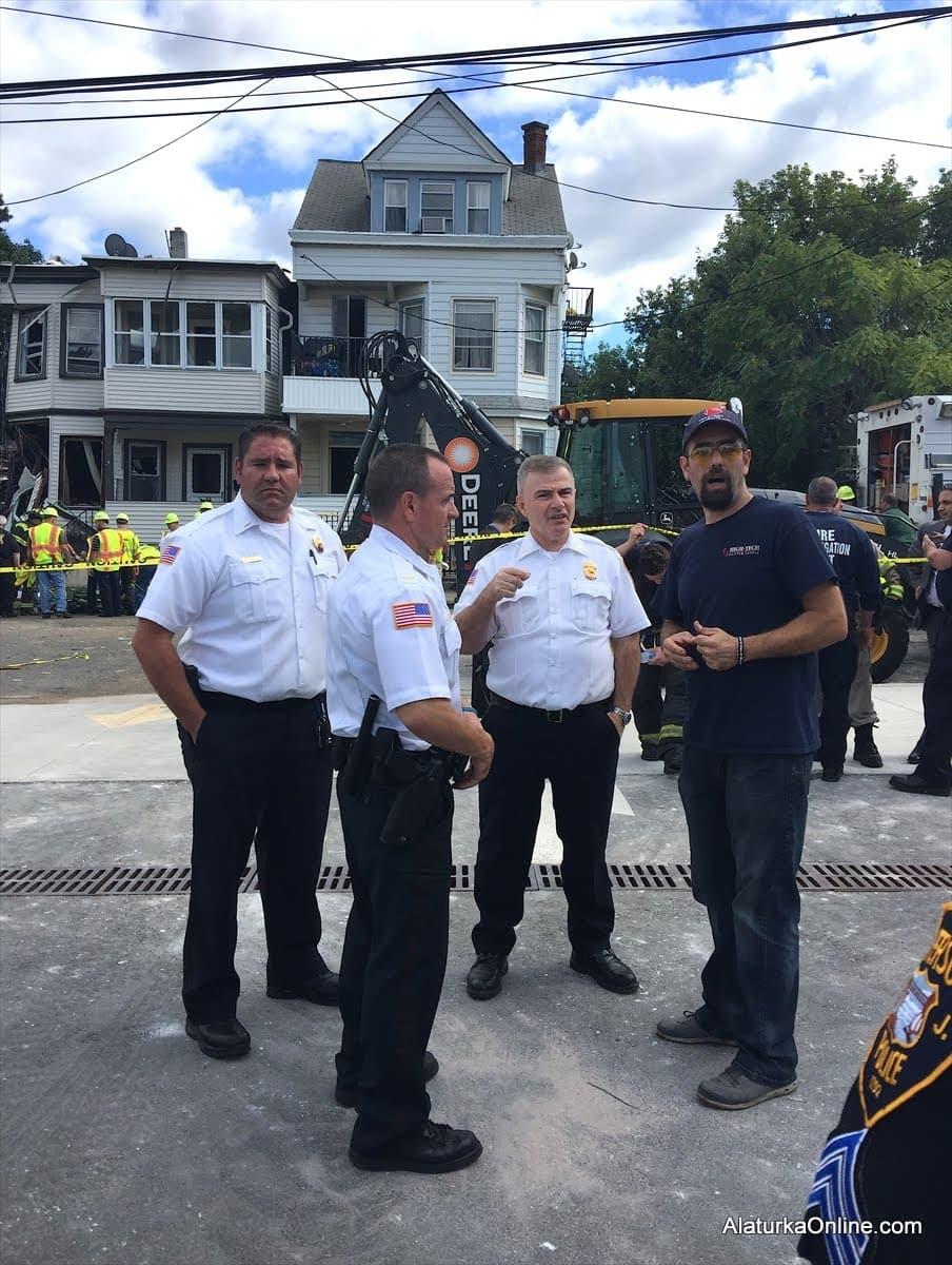 New Jersey'de Türklerin yaşadığı bina şiddetli patlamayla yıkıldı