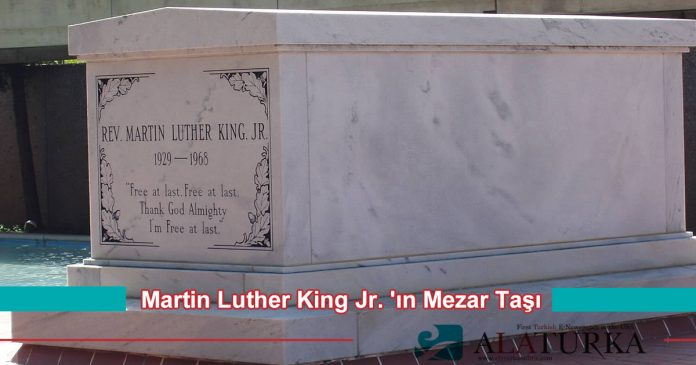 Martin Luther King Mezar Tasi