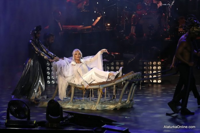 Ajda Harbiye Konseri (1)