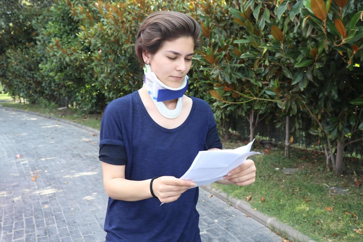 Bisiklet sürücüsü yardım etmek isteyen genç kızı hastanelik etti