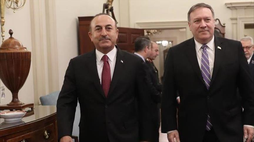 Turkish top diplomat, US counterpart talk over phone
