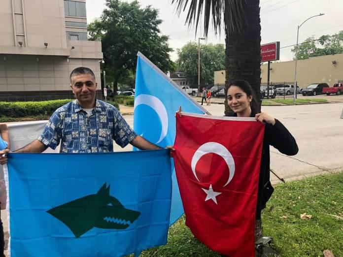 Cin Uygur Turkleri Protesto Houston (13)