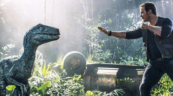 Jurassic World filminin konusu ne, oyuncuları kimler?