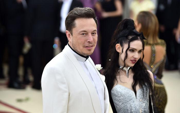 Elon Musk'ın oğluna verdiği 'X Æ A-12' ismi, kanun engeline takılabilir