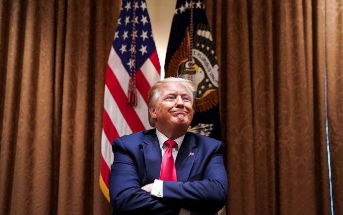 Trump, ABD'ye göçmen girişi kısıtlamasını bazı çalışma vizelerini de kapsayacak şekilde genişletecek