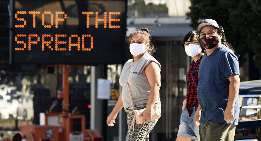 Los Angeles usulü mücadele: Salgına rağmen parti düzenleyen evlerin elektrik ve suyu kesilecek