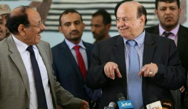 Photo of مقترح قرار رئاسي يحبط اي تحركات اماراتية باتجاه تعز (تفاصيل)