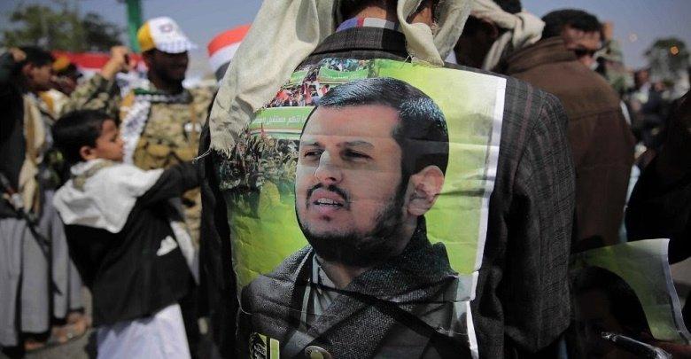 Photo of زعيم الحوثيين يطالب غريفيث بتنفيذ «اتفاق السويد»