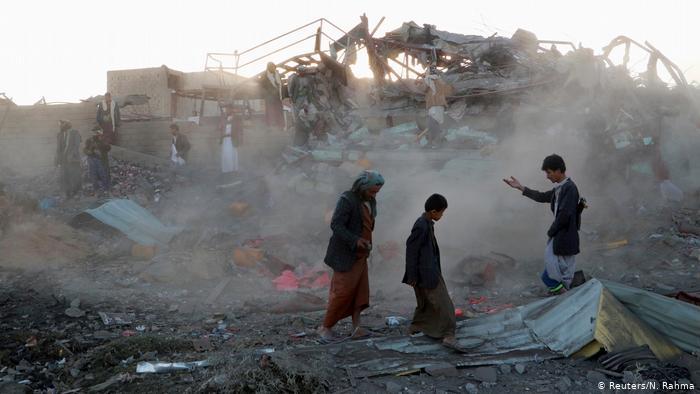 Photo of التحالف العربي يجري تحقيقا في قصف سوق شعبي بصعدة اليمنية