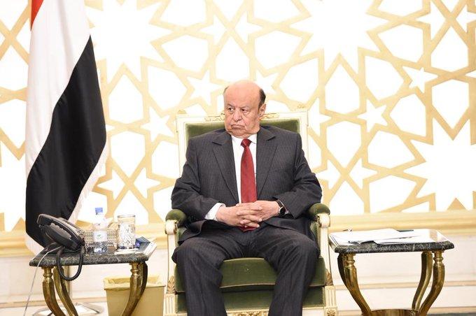 Photo of الرئيس هادي يلوح بإجراء حازم ردا على ضغوط اماراتية سعودية بشأن الحكومة (تفاصيل)