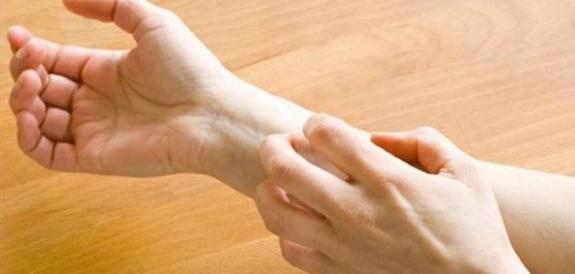 حساسية الجلد وكيفية الوقاية منها و علاجها