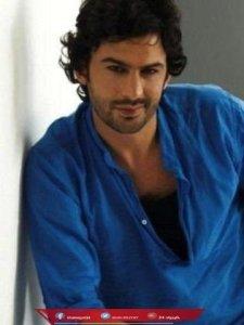 نبذة عن سويدان سويداس الممثل التركي الذي اشتهر بالصدفة