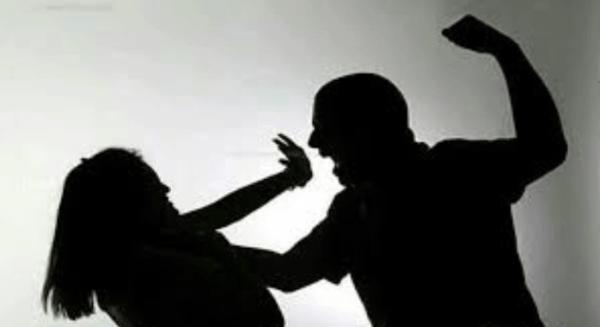 ضرب الزوج لزوجته ناعمه الهاشمي