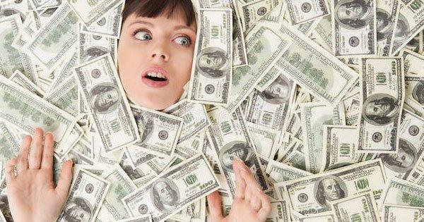 تفسير حلم العثور على النقود الورقية في المنام