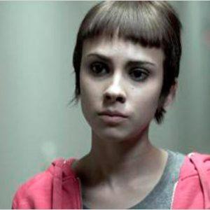 Alba García actuando