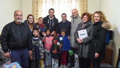 La prima cosa, la prima casa. Consegnati a 60 famiglie Rom i nuovi alloggi realizzati dal Programma IADSA di Conversione del Debito Italo-Albanese.