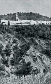 """Jäckh152: """"The Abbey of Bishop Docci [Doçi] in the mountains of Orosh"""" in Mirdita (Photo: Ernst Jäckh, ca. 1910)."""