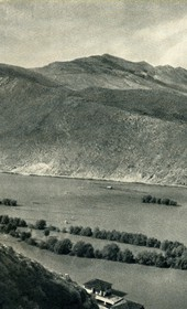 GM002: View of the Boyana (Buna) River at Shkodra, taken from the fortress (Photo: Giuseppe Massani, 1940).